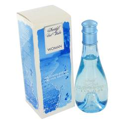 Parfums et soleil frais de mer de l'eau