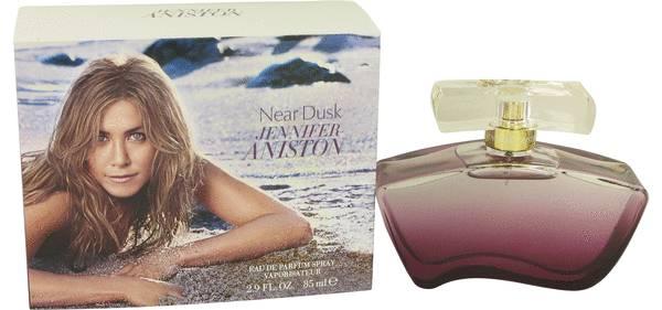 Jennifer Aniston Near Dusk Perfume